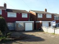 4 bed semi detached property in Mungo Park Way, Orpington