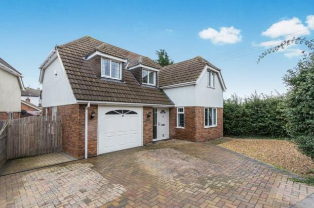 4 Bedroom Detached House For Sale In Whybornes Chase