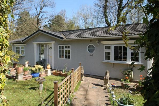 3 Bedroom Mobile Home For Sale In Stonehill Woods Park Old London Road Sidcup Kent Da14