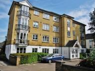 Flat in Cricketers Walk, Sydenham