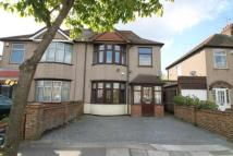 4 bedroom semi detached house for sale in Hill View Drive, Welling...