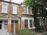 2 bedroom Maisonette in Sherington Road, London