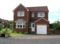 4 bedroom Detached property for sale in Drummore Avenue...