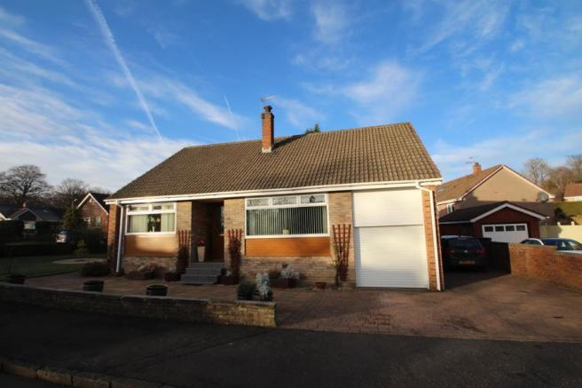 4 bedroom bungalow for sale in orchy crescent airdrie