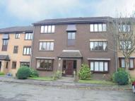 1 bedroom Flat in Burnfield Gardens...