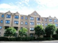 Flat for sale in Milnpark Gardens...