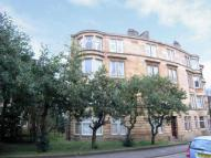 3 bed Flat in Battlefield Gardens...