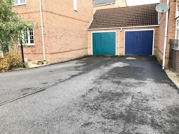 Garage (blue) & Driv