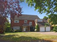 5 bed house in Bookham, Leatherhead...
