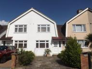 2 bedroom property in Roebuck Road, Chessington