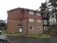 2 bedroom Flat in Lasham Road, Fleet...