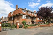 2 bedroom Flat in Beechwood Court...