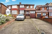 4 bed semi detached property in Kingsbury Road, London...