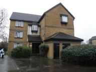 Flat for sale in Swaythling Close, London...