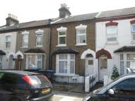 3 bedroom Terraced house in Oxford Road, London, N9