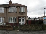 3 bed End of Terrace property in Victoria Road, London, N9