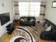 2 bed Flat for sale in College Gardens, London...