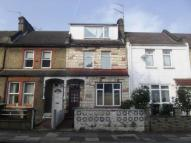 4 bed Terraced house in Avondale Road, London...