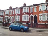 3 bed Terraced house for sale in Effingham Road, London...