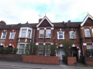 3 bed Flat in High Road Leyton, London