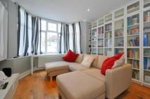 Flat for sale in Whitchurch Lane, Edgware