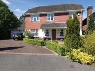 4 bedroom Detached house in Wheelers Way, Felbridge...