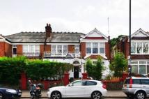 Flat for sale in Queens Avenue, London...