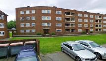 4 bed Flat in Betstyle House...