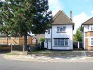 5 bed Detached home in Chase Road, London, N14