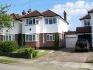 3 bed Detached house in Sussex Way, Cockfosters...