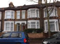 2 bed Flat in Salcombe Road, London