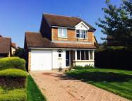3 bed Detached property for sale in Lanyon Close, Horsham...