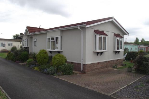 2 Bedroom Mobile Home For Sale In Selwood Park Weymans Avenue