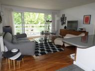 2 bedroom Flat for sale in Royston Court...