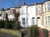2 bed Flat in New Wanstead, Wanstead