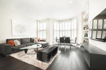 Apartment for sale in Dynham Road, London...