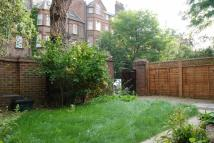 3 bed house in Fairhazel Gardens...