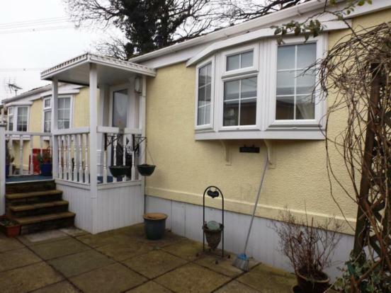 1 Bedroom Mobile Home For Sale In Ideal Park Homes Bishopstoke