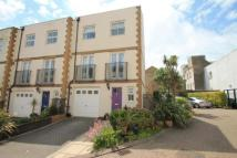 3 bed End of Terrace house for sale in Lewes Mews...