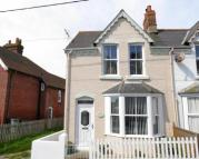 2 bedroom semi detached house in Golden View, High Street...