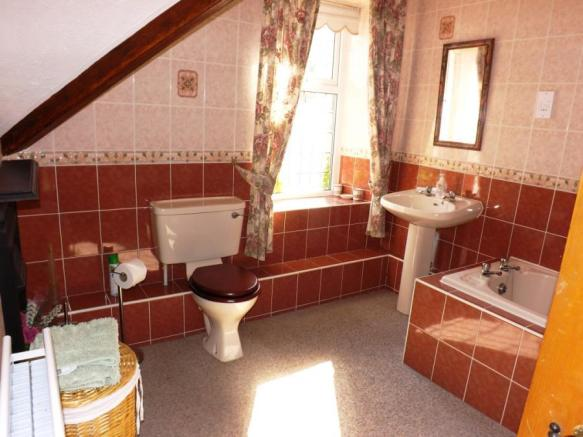 Bathroom (Annex)