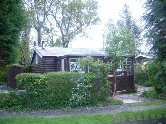 2 bedroom bungalow for sale in chatham log cabins for 2 bedroom log cabins for sale