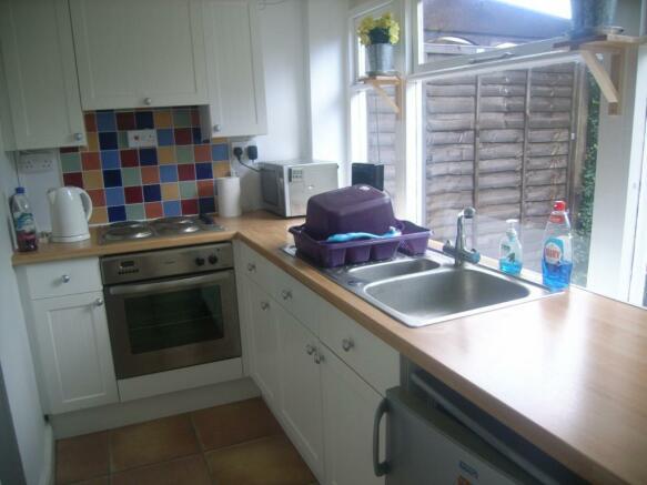 Galley kitchen/break