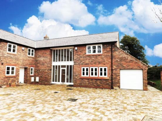4 Bedroom Mews House For Sale In High Street Farndon Ch3