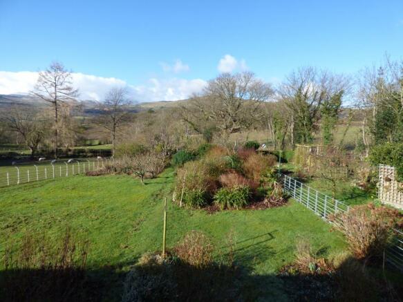 Front Garden & Views