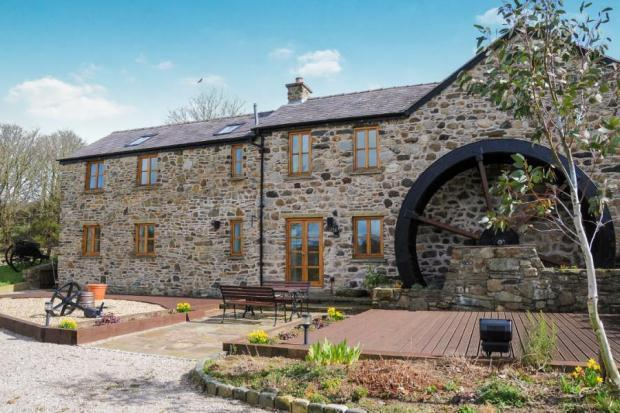 5 Bedroom Barn Conversion For Sale In Llandyfrydog