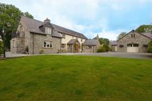 6 bed Detached house for sale in Wern Road, Rhosesmor...