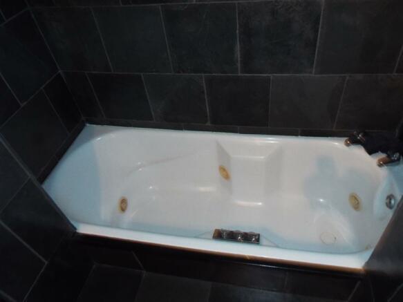 Sunken Spa Bath