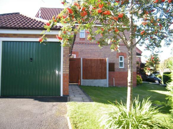 Garage And Garden To