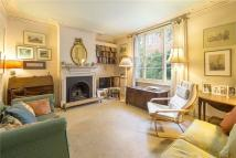 3 bedroom semi detached property for sale in Bridge Lane, London, SW11